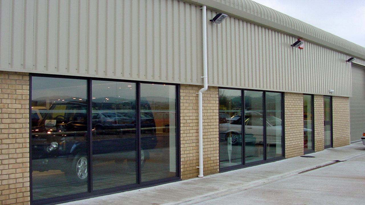 Steel Buildings - Retail Example
