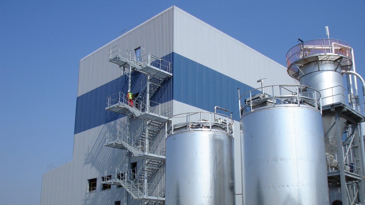 6630 Spray dryer steel building