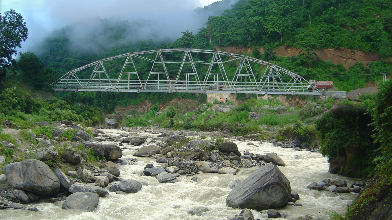 The 96 metre span PILAUWA KHOLA RIVER bridge is about 90km from Lhotse and Everest