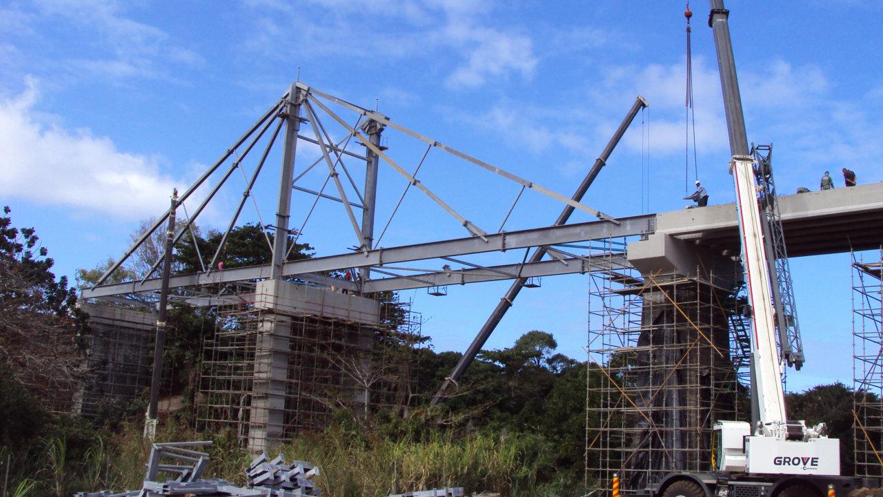64.8m REIDsteel stayed bridge in Mauritius.